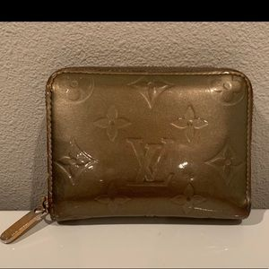 Louie Vuitton Zippy Wallet